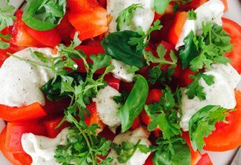 salat veganer caprese